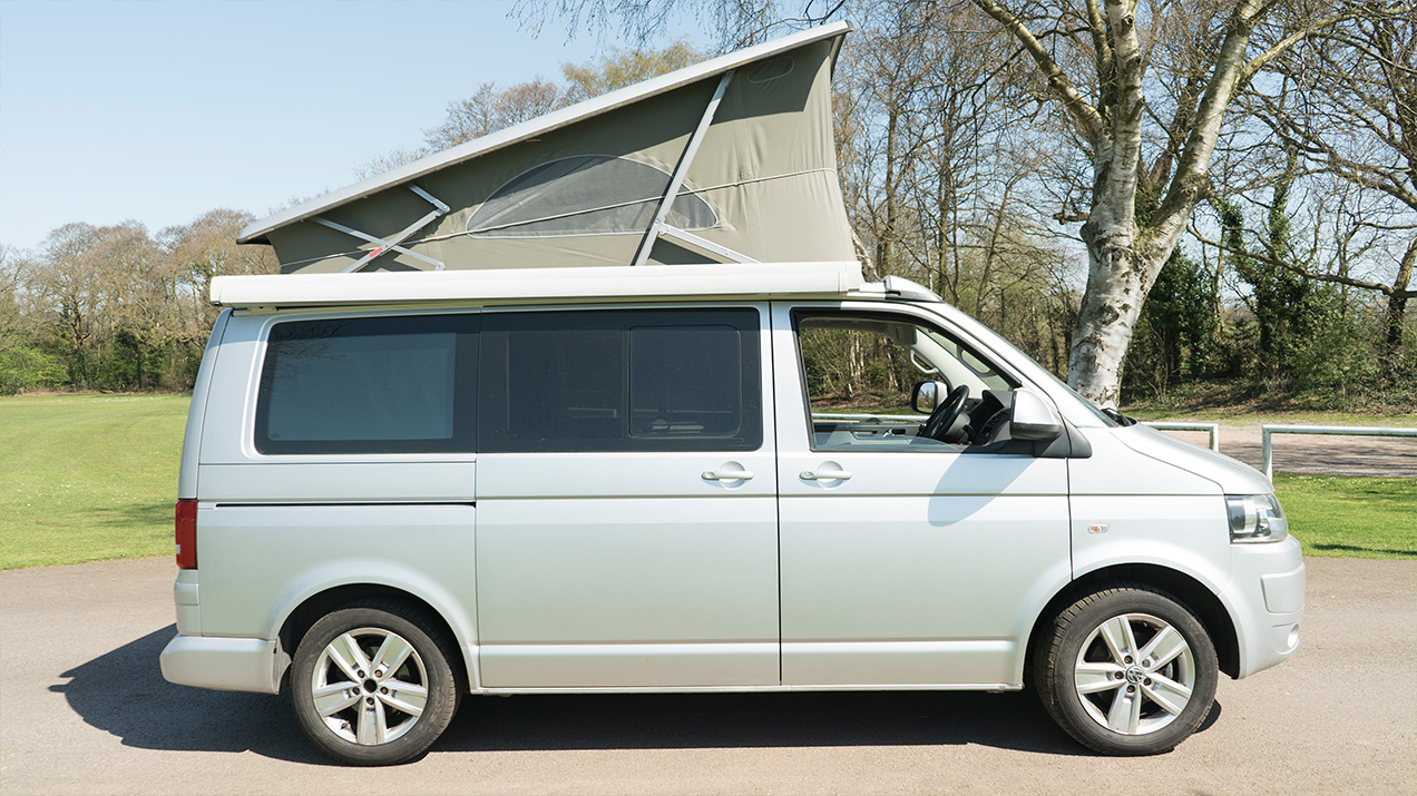 Side Profile of a campervan with portfolio roof